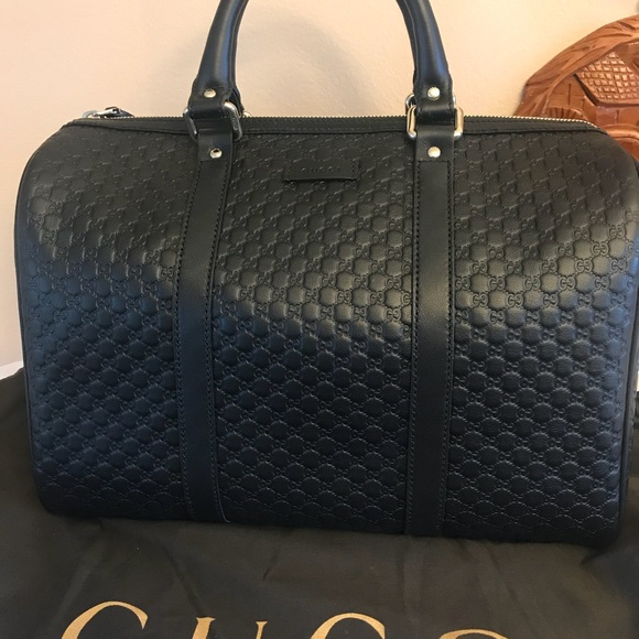 2d78bff0105 Gucci Black GG Signature Leather Boston Bag